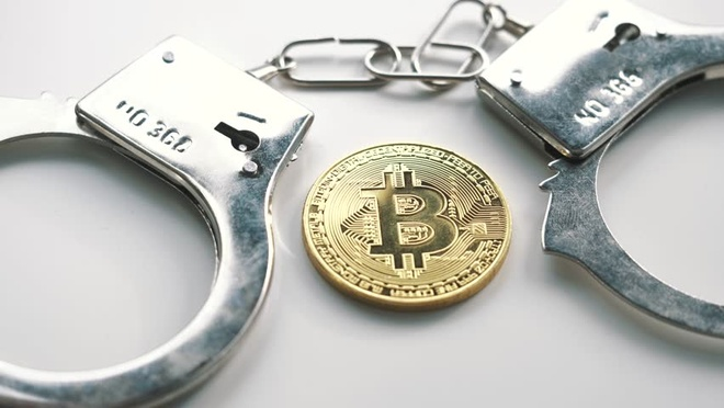 Bi bat vi gui Bitcoin cho IS hinh anh