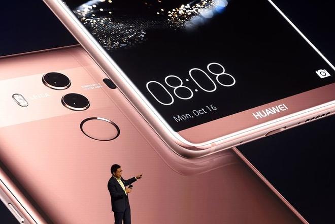 Giac mo My khong thanh cua Huawei hinh anh 1