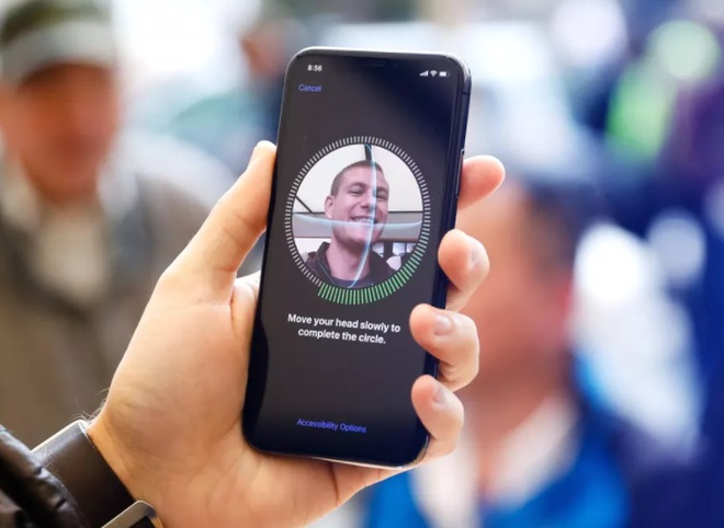 iPhone X bi to gay dau dau, moi mat hinh anh