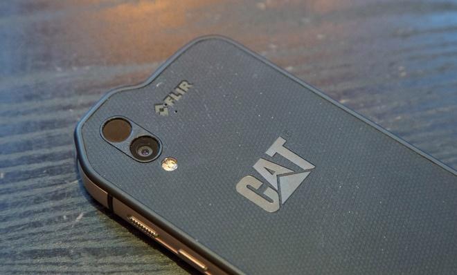 Smartphone Android hang thua gia 999 USD hinh anh 2