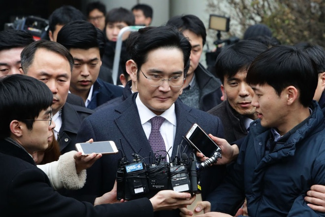 Galaxy S9 co cuu duoc 60 ty USD cua Samsung? hinh anh 2