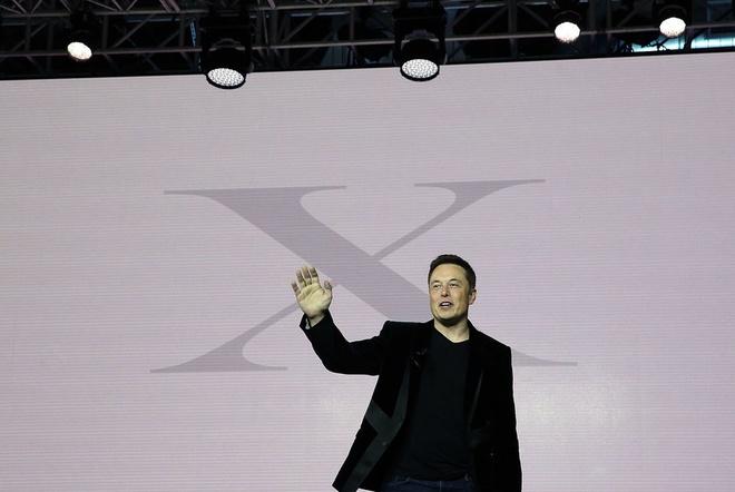 Cu da nay, Tesla se pha san trong nam 2019 hinh anh 1