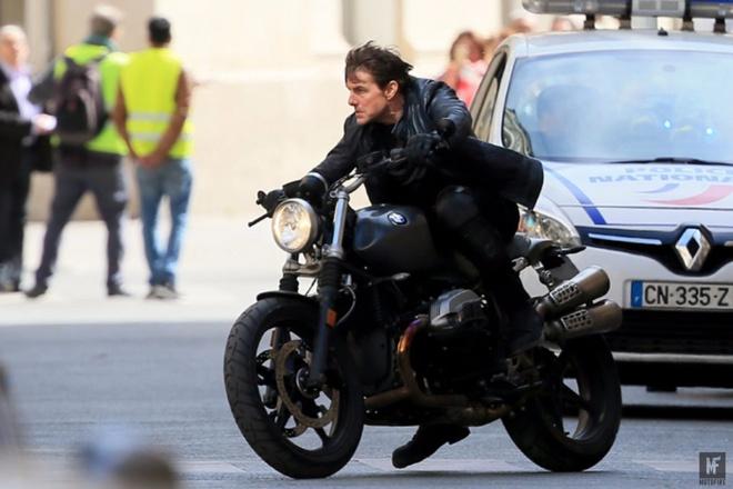 Tom Cruise luot R nineT Scrambler trong 'Nhiem vu bat kha thi' hinh anh 1