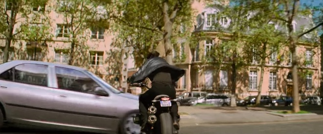 Tom Cruise luot R nineT Scrambler trong 'Nhiem vu bat kha thi' hinh anh 6