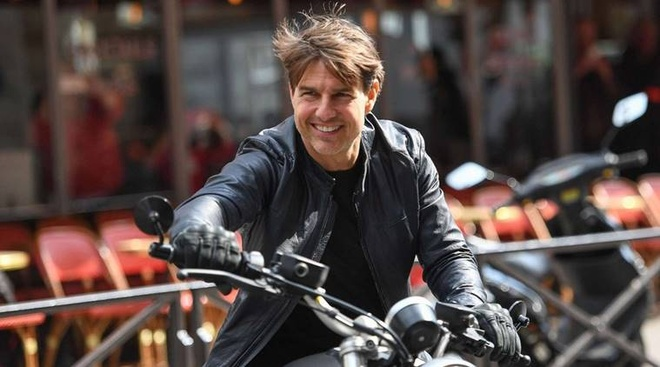 Tom Cruise luot R nineT Scrambler trong 'Nhiem vu bat kha thi' hinh anh 7