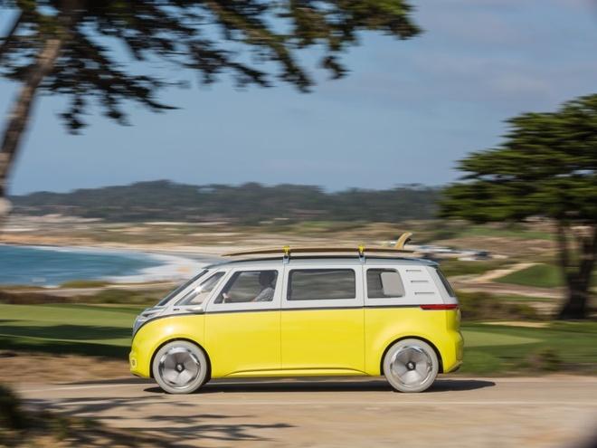 Chan dung chiec bus Volkswagen huyen thoai sap duoc 'hoi sinh' hinh anh