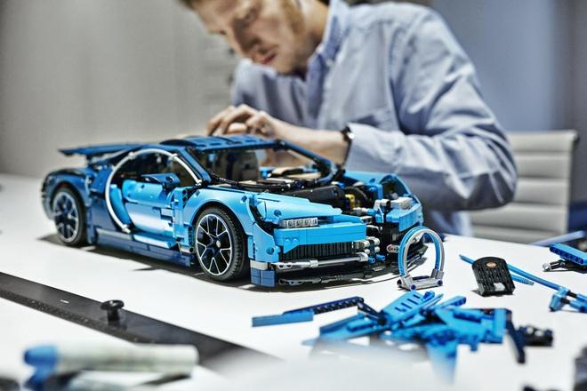 Sieu xe Bugatti Chiron cua Lego gia 350 USD hinh anh