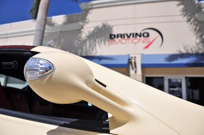 Mercedes SLR Roadster trang nga 'doc nhat vo nhi' hinh anh 6