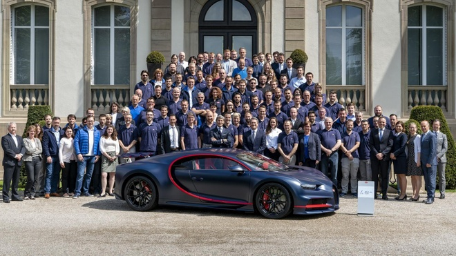 Chiec Bugatti Veyron Super Sport cuoi cung duoc dem ban dau gia hinh anh 3