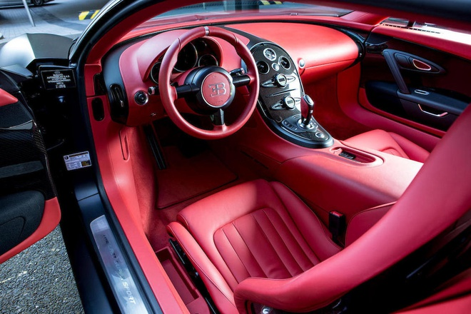 Chiec Bugatti Veyron Super Sport cuoi cung duoc dem ban dau gia hinh anh 1