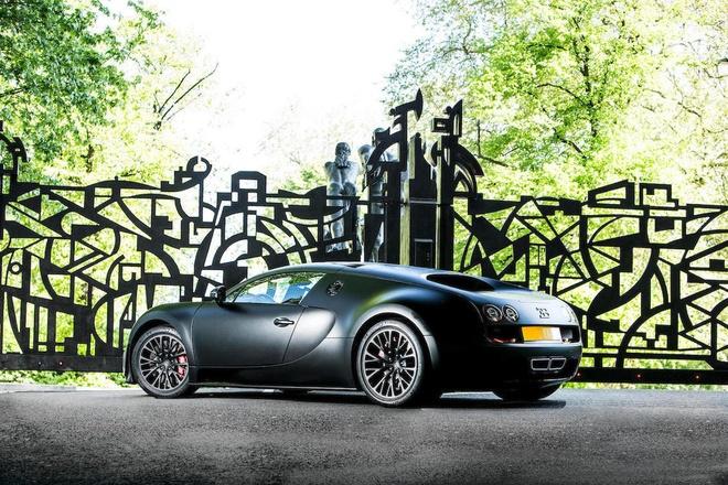 Chiec Bugatti Veyron Super Sport cuoi cung duoc dem ban dau gia hinh anh 4