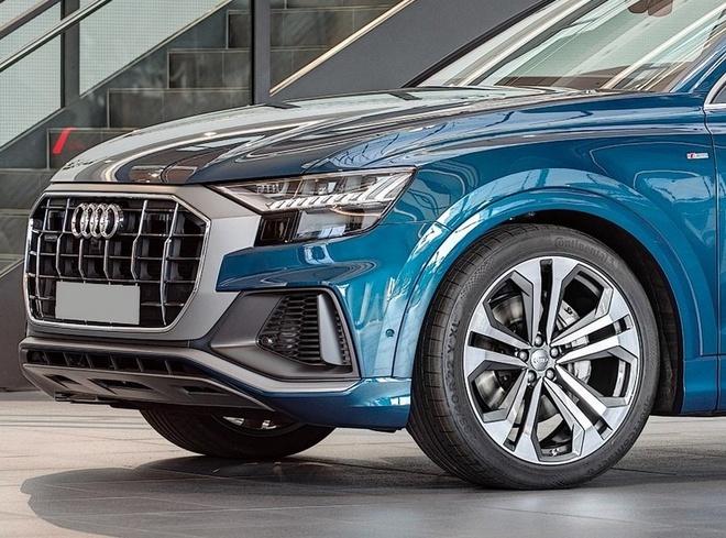 Audi Q8 tuyet dep trong mau xanh ngoc bich hinh anh 4