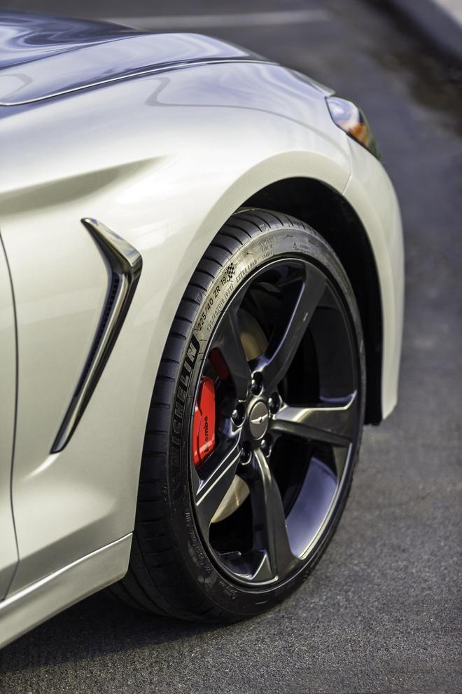 Genesis G70 2019 - sedan hang sang gia tu 32.000 cua Hyundai hinh anh 9