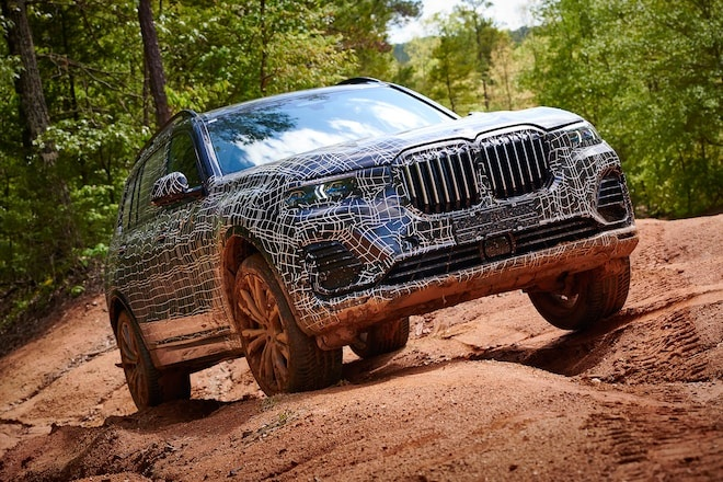 BMW X7 2019 lo dien, canh tranh voi Mercedes GLS hinh anh