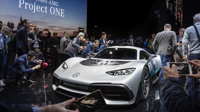 Mercedes cam ban sang tay sieu xe 2, 7 trieu USD anh 1