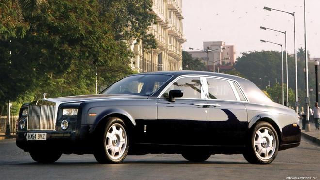 Rolls-Royce Phantom doi 2005 gia chi 80.000 USD tai My hinh anh
