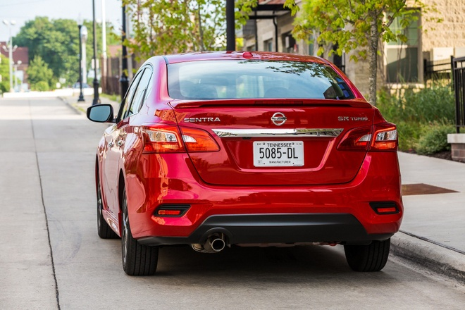 Nissan Sentra 2019 them tinh nang, gia tu 17.790 USD hinh anh 4