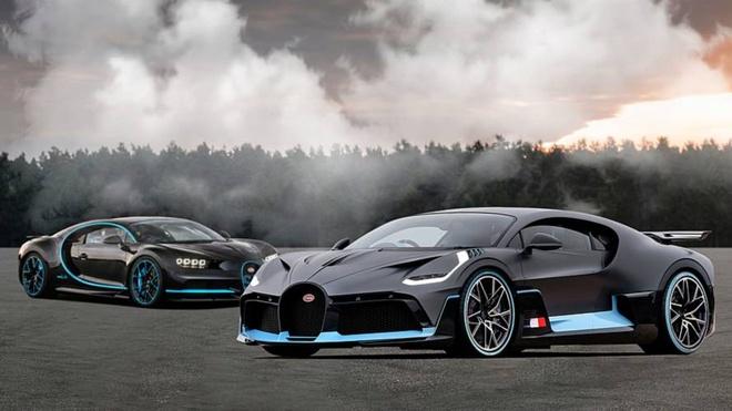 Divo va Chiron - hai 'quai vat sieu xe' cua Bugatti hinh anh