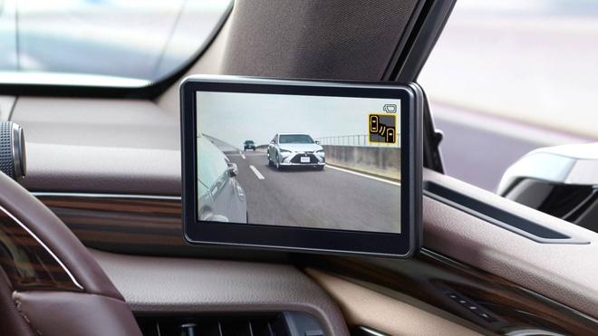 Lexus ES thay guong chieu hau bang camera, chi ban tai Nhat Ban hinh anh 2