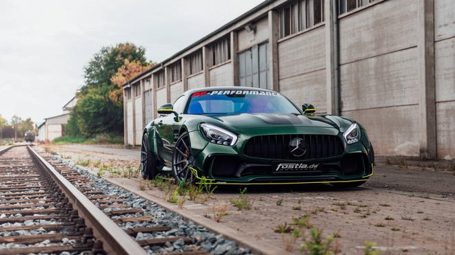 Mercedes-AMG GT than boc vinyl dac biet hinh anh