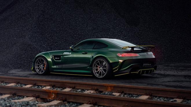 Mercedes-AMG GT than boc vinyl dac biet hinh anh 4