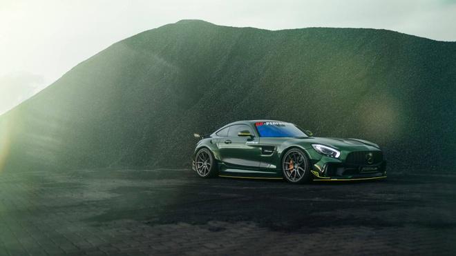 Mercedes-AMG GT than boc vinyl dac biet hinh anh 8