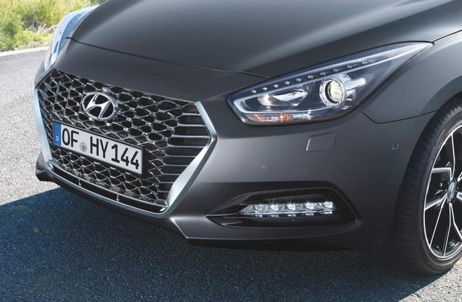 Hyundai cai tien thiet ke va dong co cho bo doi i40 hinh anh 5