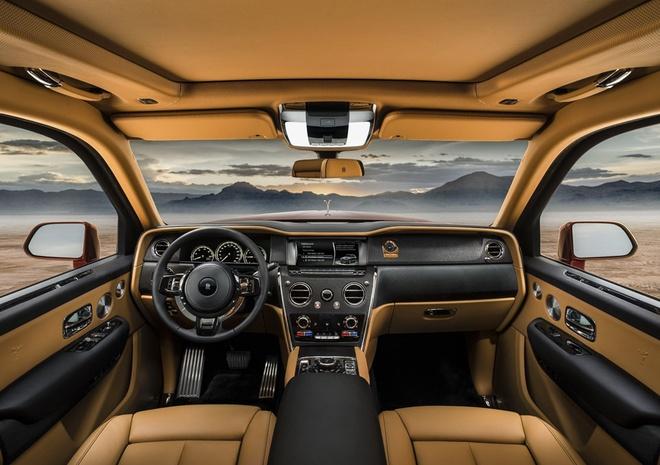 Cullinan đánh dấu chương mới đầy rực rỡ của hãng xe danh tiếng nhất nước Anh. Cho tới nay, Rolls Royce chỉ sản xuất xe chở người, đó là các mẫu sedan, coupe và convertible – tất cả đều là xe sang cho giới quý tộc.