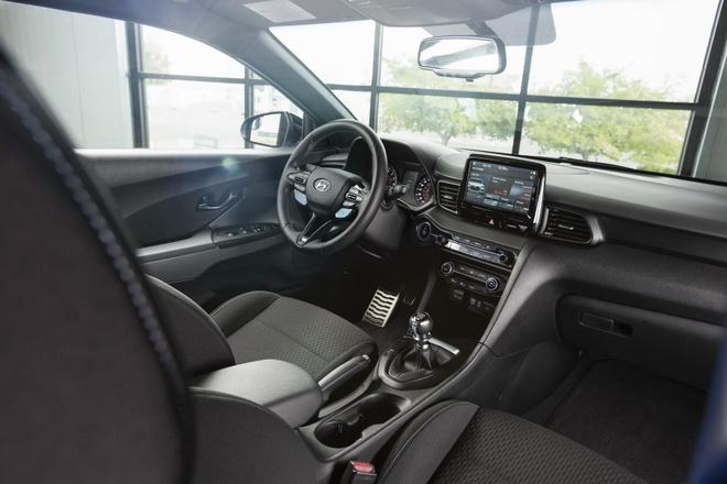 Hyundai Veloster N chot gia tu 27.785 USD hinh anh 5