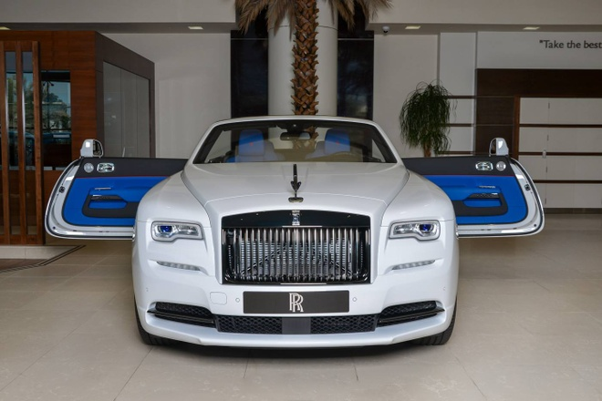 Rolls-Royce Dawn phoi mau doc dao o Abu Dhabi hinh anh