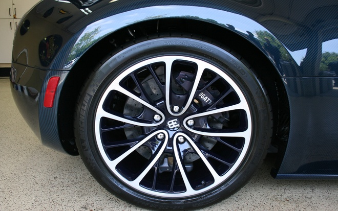 Gia thay binh nhieu lieu Bugatti Veyron mua duoc Audi S3 hinh anh 2