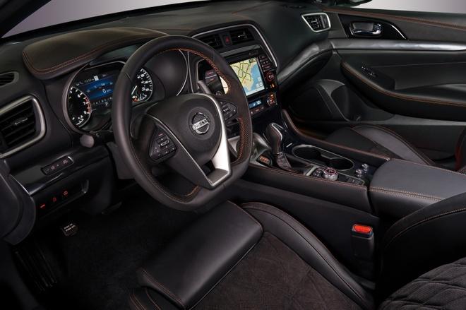 Nissan Maxima 2019 chot gia tu 33.950 USD anh 3