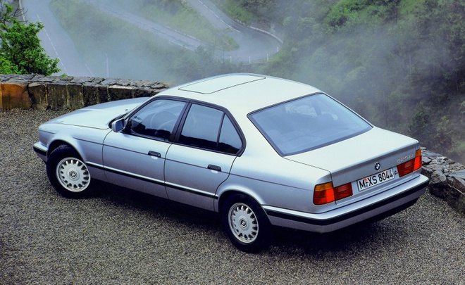 Dan xe BMW doi 1994 chua lan banh bi bo hoang anh 6