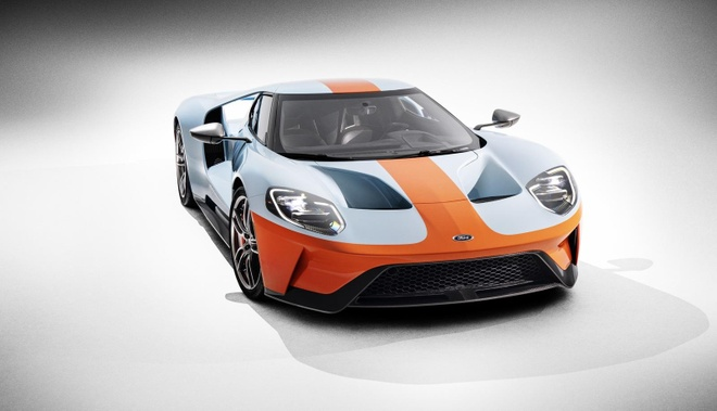 Sieu xe Ford GT Heritage Edition 2019 dau tien chot gia 2,5 trieu USD hinh anh