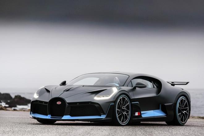 Ban suat mua Bugatti Divo lai ngay 2 trieu USD hinh anh 2