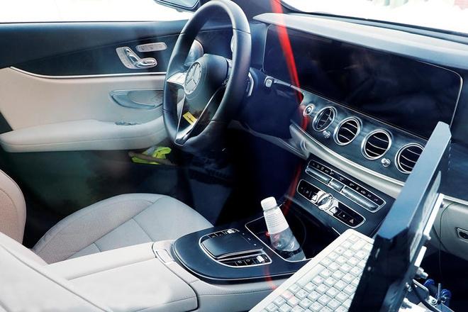 Noi that Mercedes E-Class 2020 sang nhu S-Class hinh anh 1