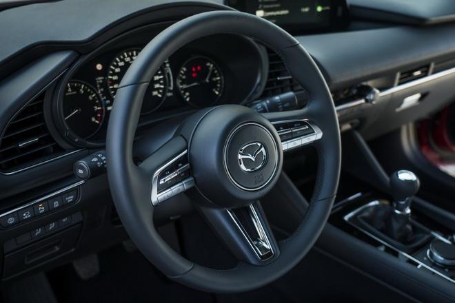 Mazda 3 2019 hatchback ban tai Anh chua co dong co tot nhat hinh anh 3