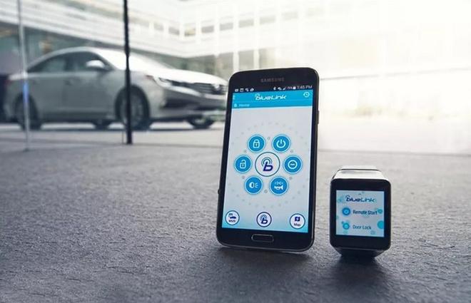 Cuoi nam 2019 se co xe Hyundai, Kia dieu khien bang smartphone hinh anh 1