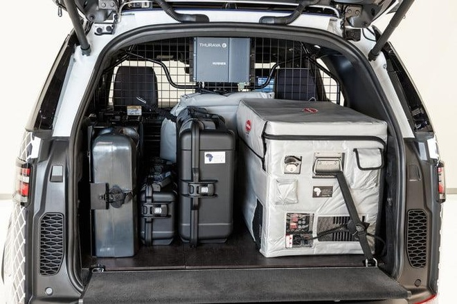 Land Rover Discovery 'choi lon' voi thu thach 6.200 km xuyen rung hinh anh 3
