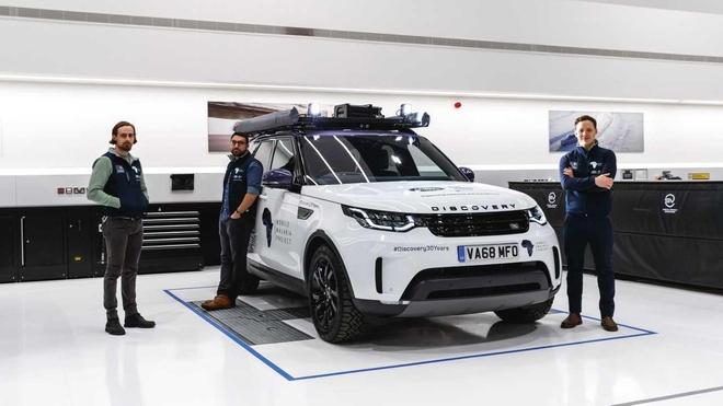 Land Rover Discovery 'choi lon' voi thu thach 6.200 km xuyen rung hinh anh 1