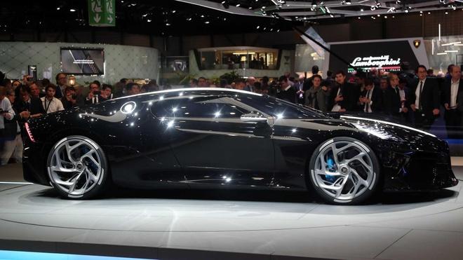 Sieu xe 18 trieu USD cua Bugatti hoa ra chi la xe mo hinh! hinh anh 6
