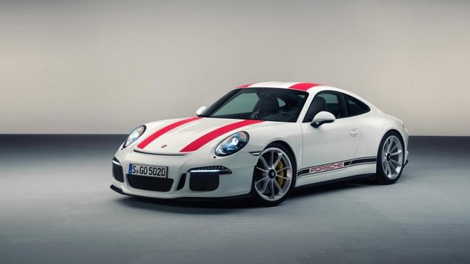 Sieu xe hang hiem bi dau co, Porsche dau dau xu ly hinh anh 1