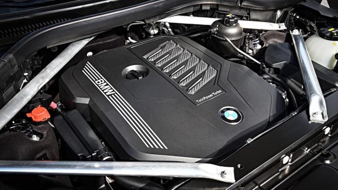 Moi ra duoc vai tuan, BMW X7 da phai trieu hoi gap vi loi ghe ngoi hinh anh 5