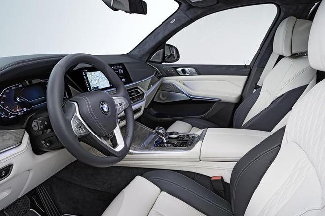 Moi ra duoc vai tuan, BMW X7 da phai trieu hoi gap vi loi ghe ngoi hinh anh 4