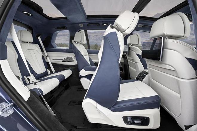 Moi ra duoc vai tuan, BMW X7 da phai trieu hoi gap vi loi ghe ngoi hinh anh 2