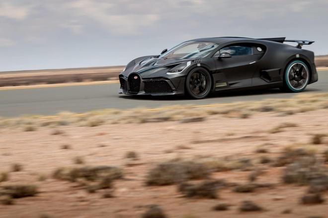 Bugatti Divo 'thu lua' tai sa mac khac nghiet nhat hanh tinh hinh anh 1