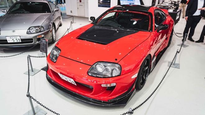 Dan Toyota Supra huyen thoai tu hop trong 'Ngay hoi tro lai' hinh anh 5