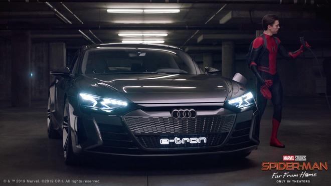 Sieu xe cua Audi sanh doi cung Spider-Man trong bom tan sap chieu hinh anh 1