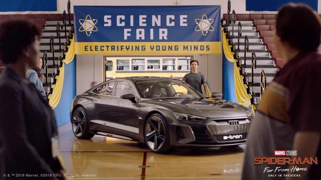 Sieu xe cua Audi sanh doi cung Spider-Man trong bom tan sap chieu hinh anh 4
