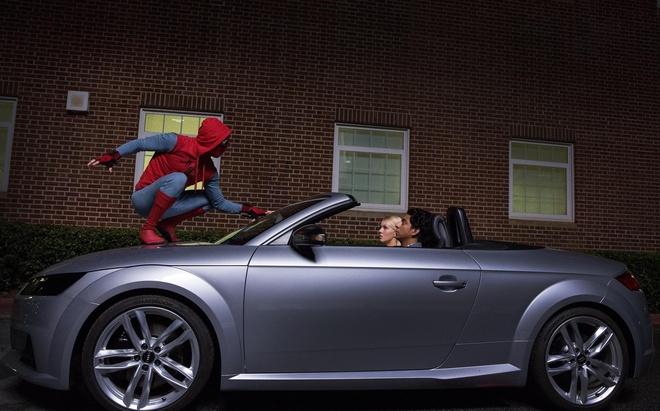 Sieu xe cua Audi sanh doi cung Spider-Man trong bom tan sap chieu hinh anh 7